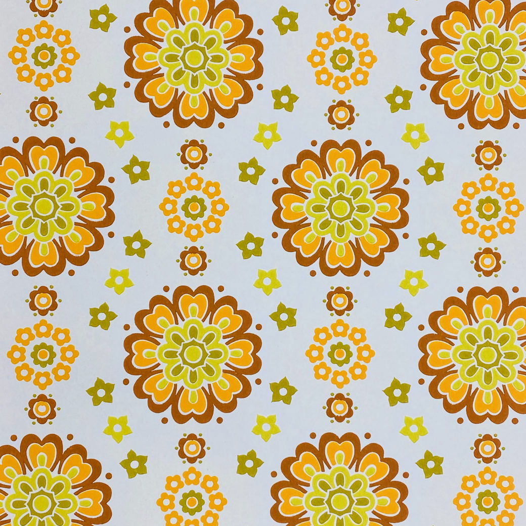 1970s Funky Retro Floral Wallpaper 2