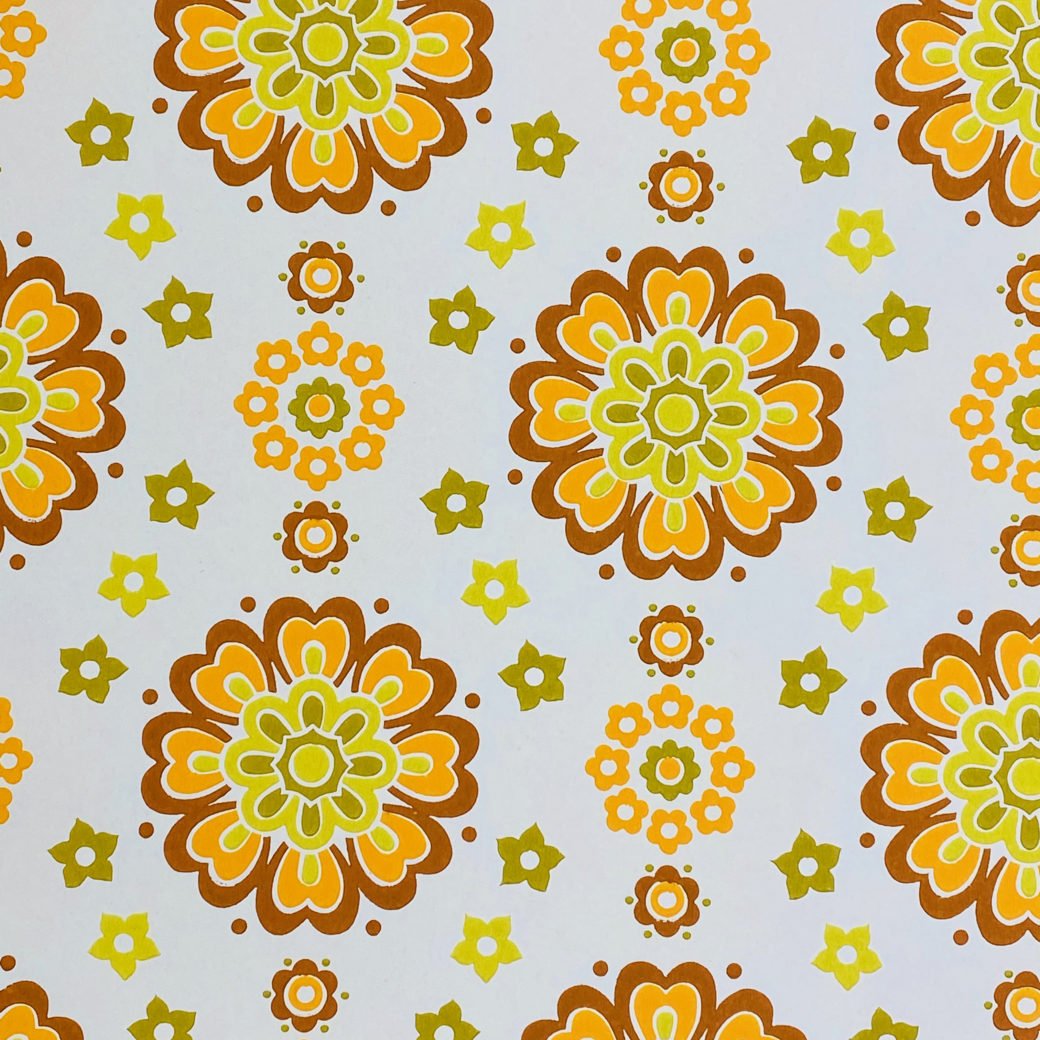 1970s Funky Retro Floral Wallpaper 4