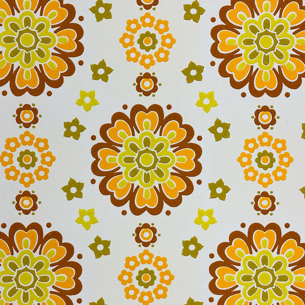 1970s Funky Retro Floral Wallpaper 5