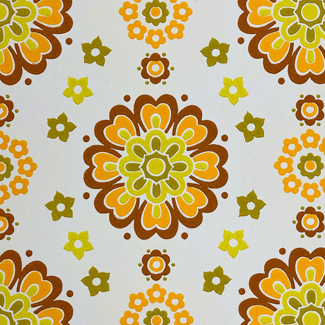 1970s Funky Retro Floral Wallpaper 6
