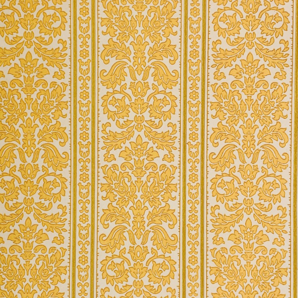Stipes baroque wallpaper 1