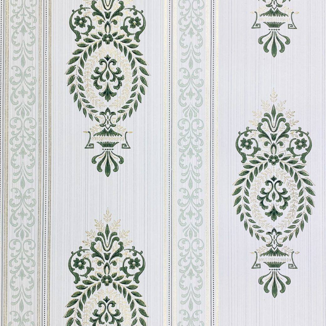 Baroque Wallpaper Green and Gold 1