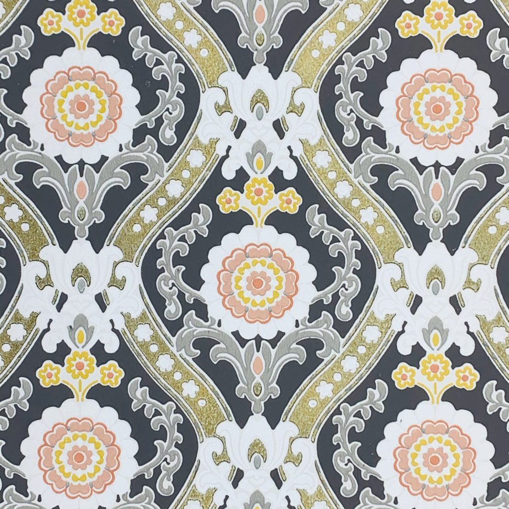 Vintage gold and gray baroque wallpaper 2