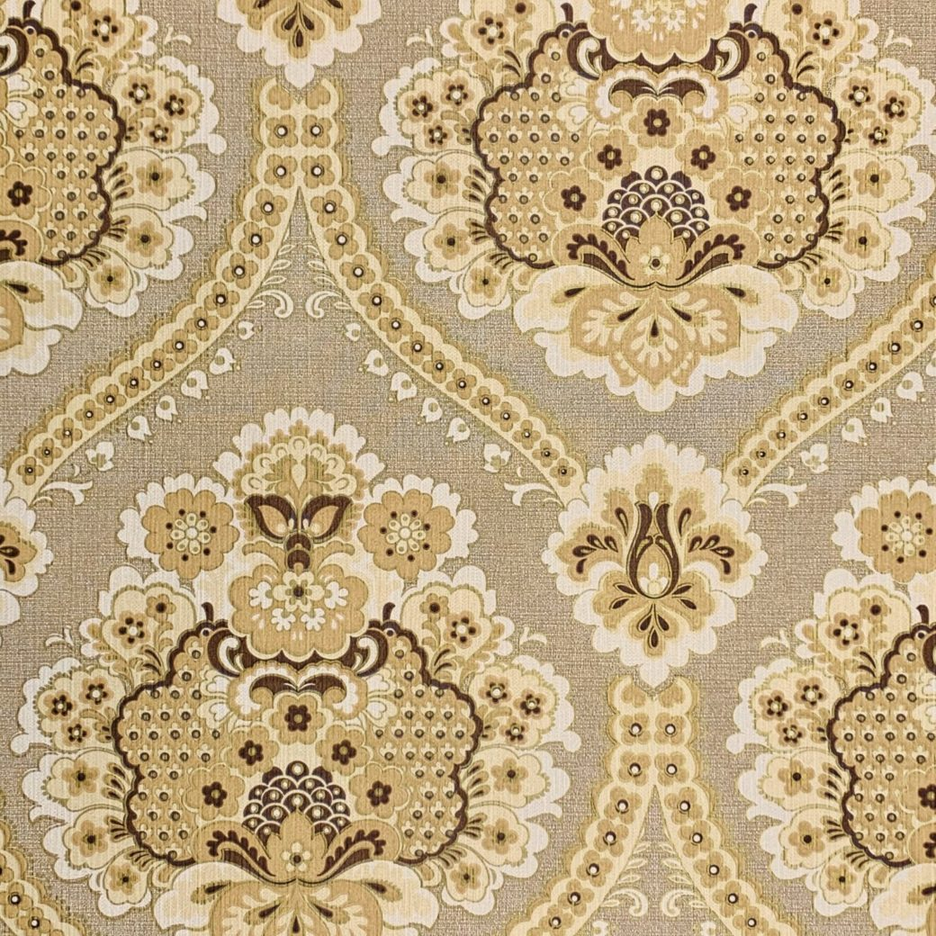 Vintage damask wallpaper 1