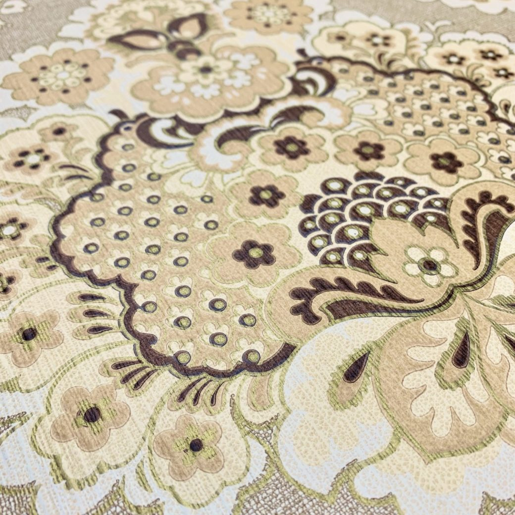 Vintage damask wallpaper 3