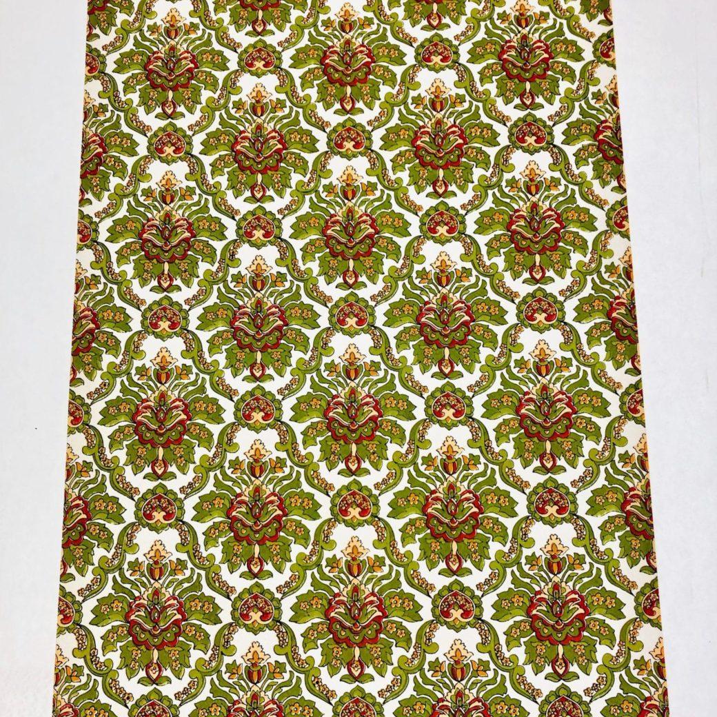 Red and green baroque wallpaper 1 1