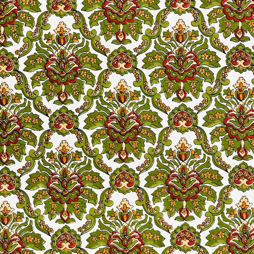 Red and green baroque wallpaper 2