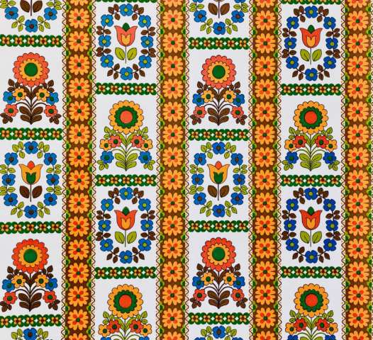 Retro 1970s Colorful Flower Wallpaper1