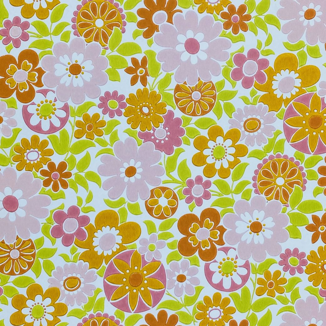 Retro Floral Seventies Wallpaper 1