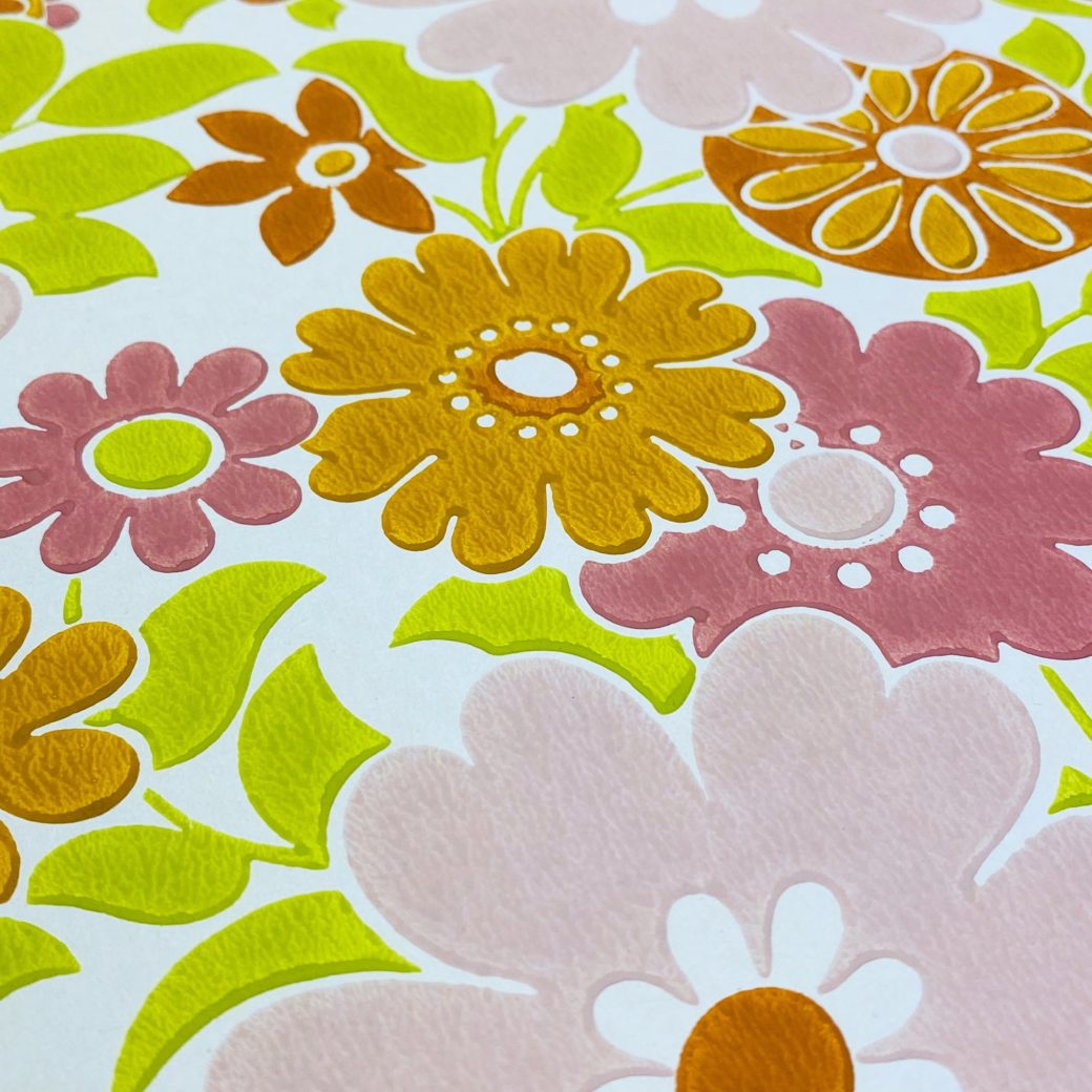 Retro Floral Seventies Wallpaper 7