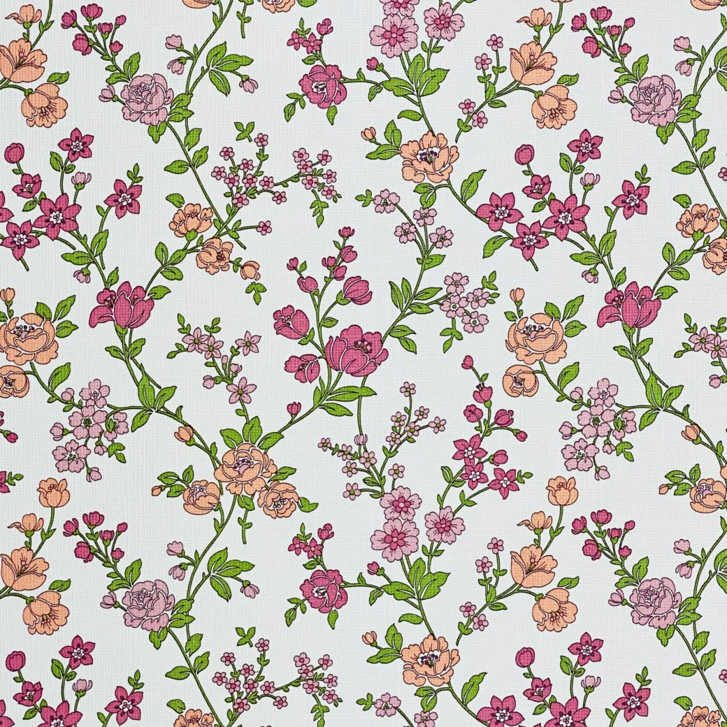 Vintage Floral Wallpaper Pink and Purple 4