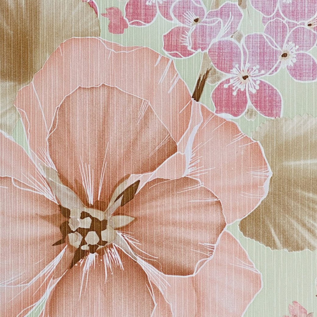 Vintage Floral Wallpaper Purple and Pink on Green 6