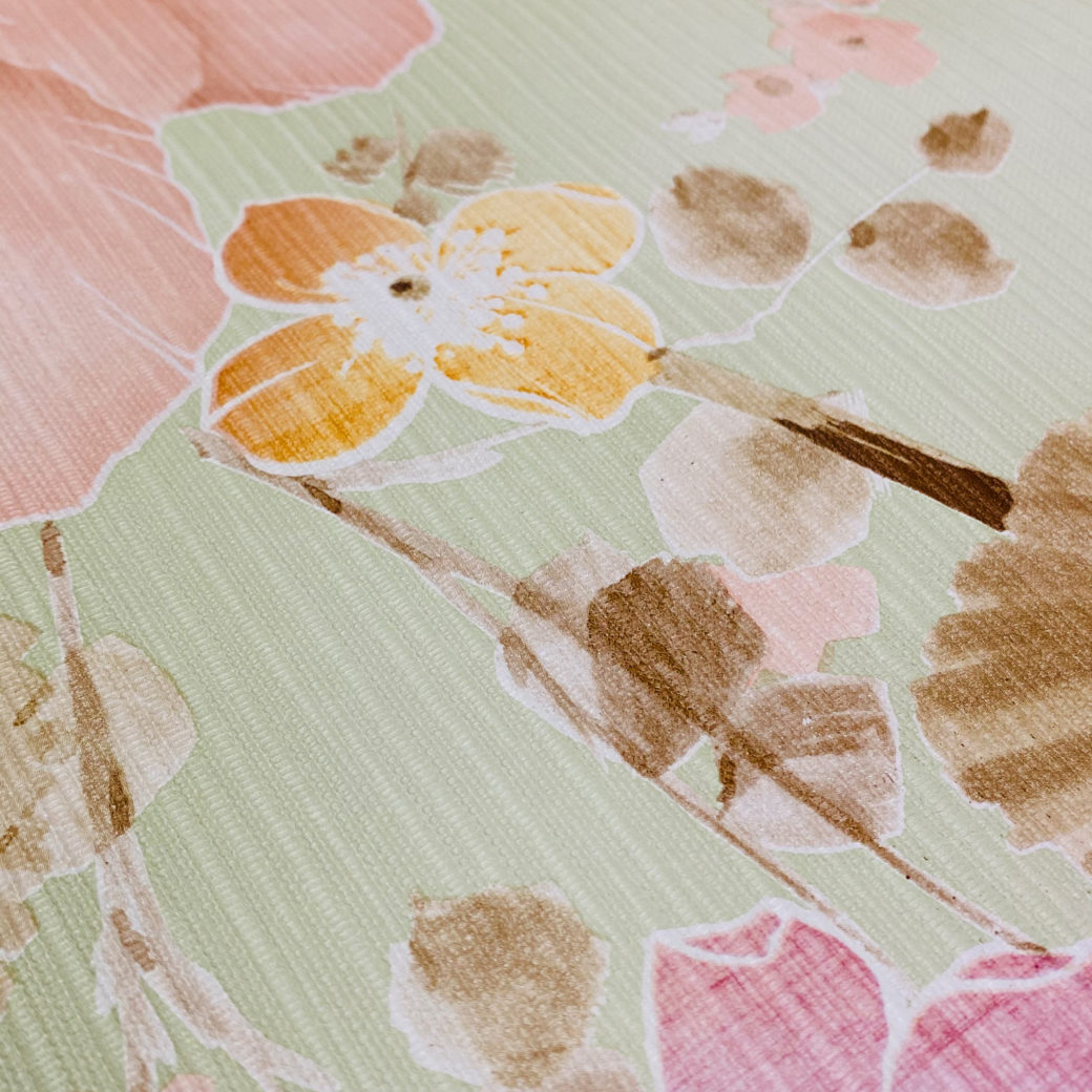 Vintage Floral Wallpaper Purple and Pink on Green 9