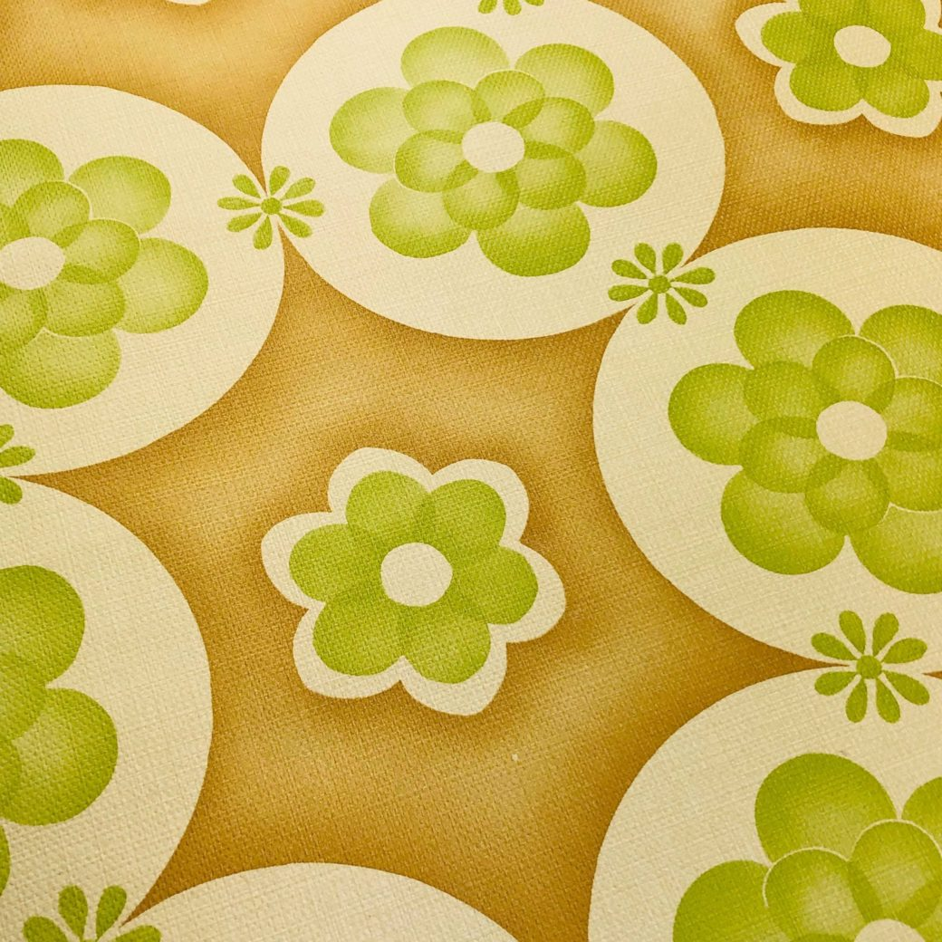 Vintage geometric wallpaper with green flowers 4