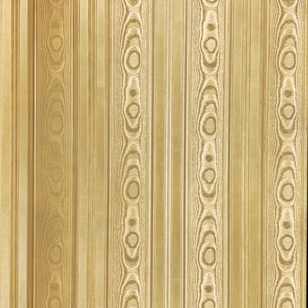 Vintage gold wallpaper with stripes 1