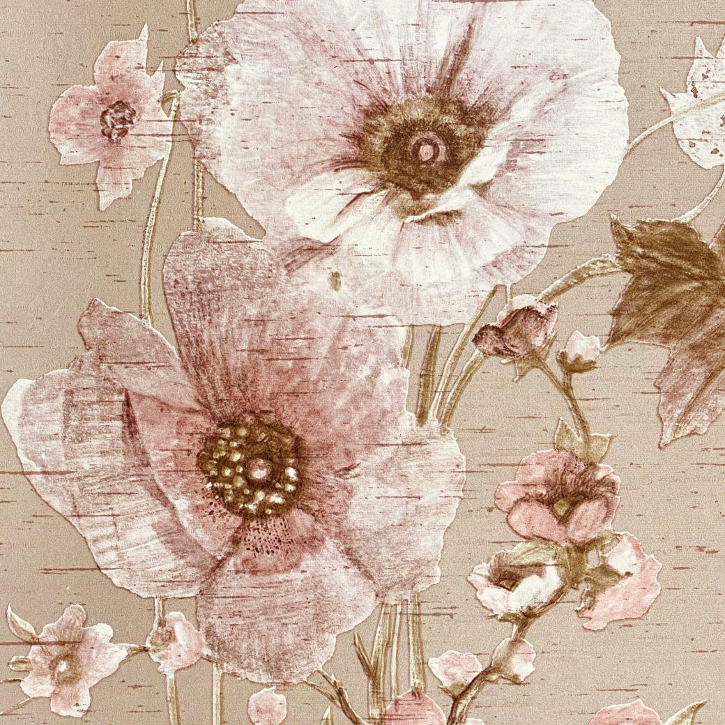 Vintage Romantic Floral Wallpaper 1