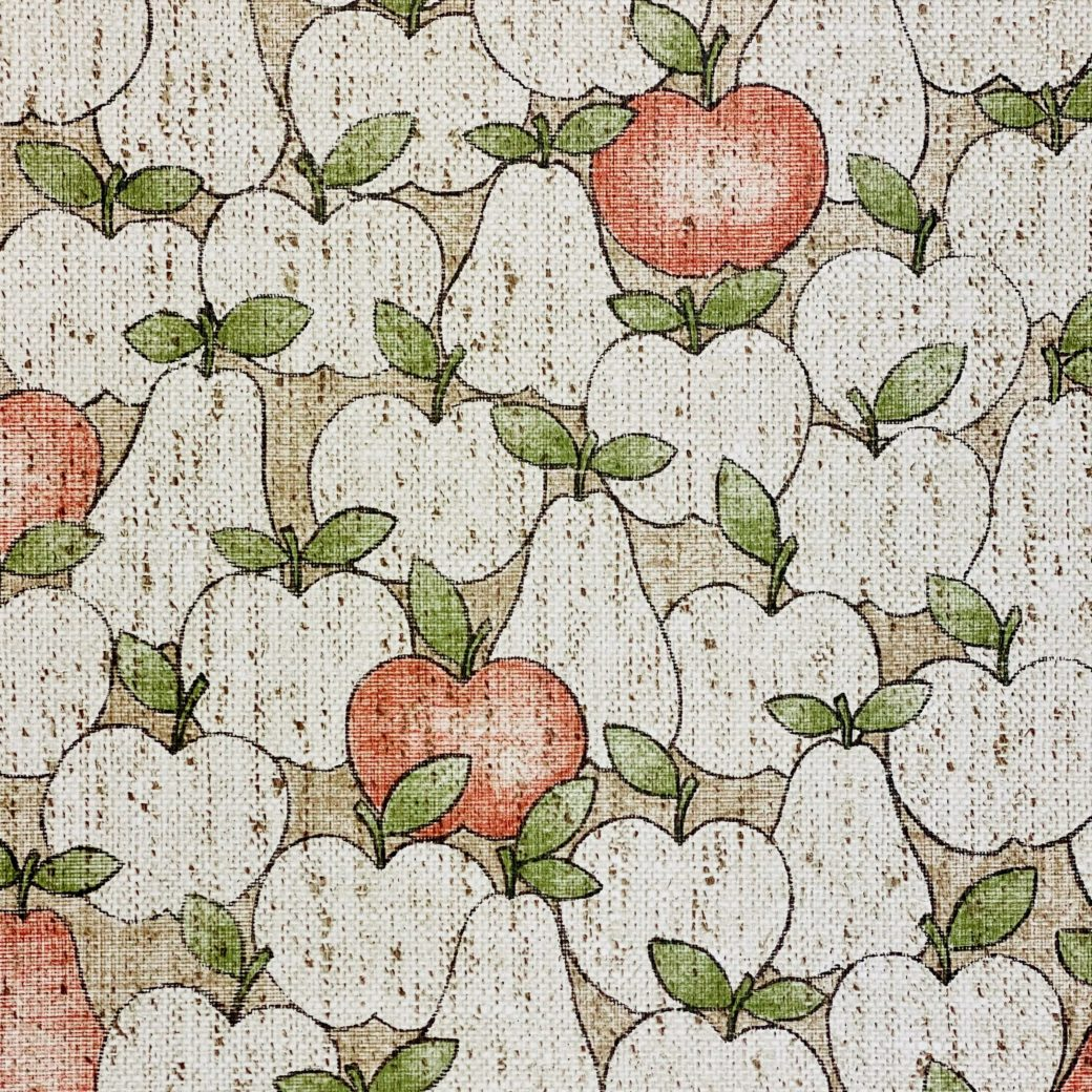 Vintage Theme Wallpaper With Apples and Pears 5